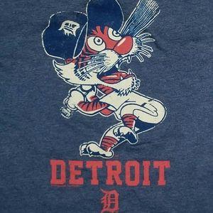 Detroit Tigers Baseball Mascot Paws t shirt MLB